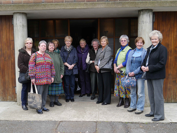 Wimbledon WI members visit 2 Willow Road